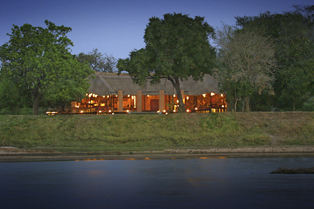 Luangwa River Lodge
